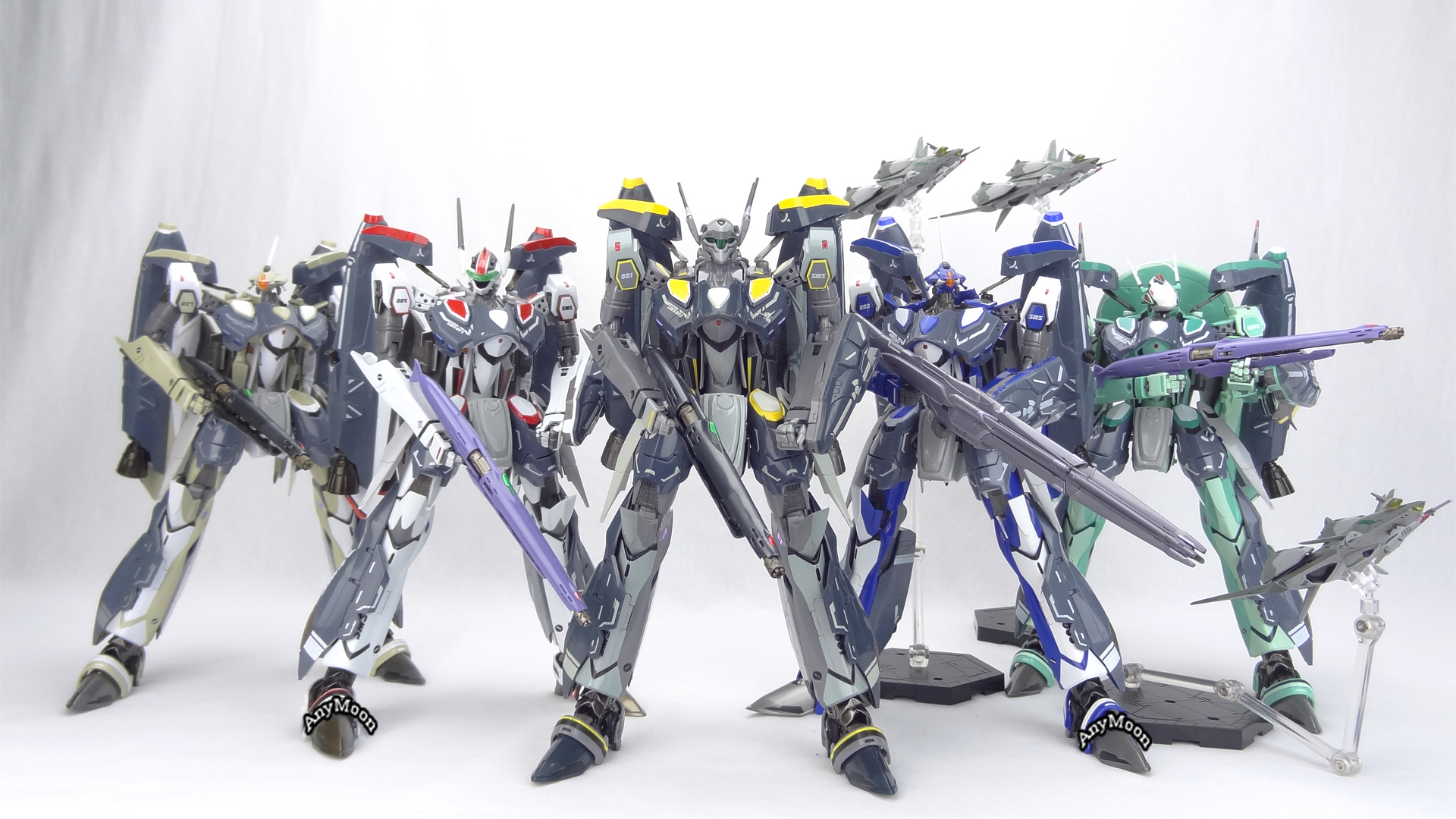 Bandai-RVF-25-Super-Parts-20.jpg